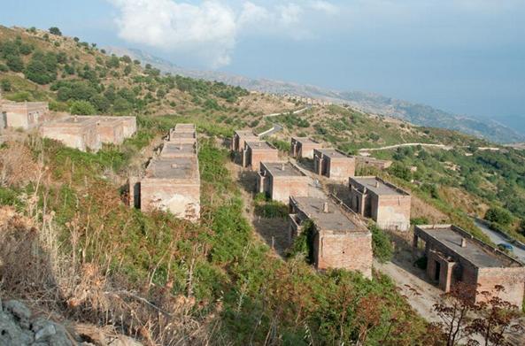 Panorama sui villaggi Schisina e Morfia nel territorio di Francavilla di Sicilia
