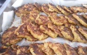 Crespelle fritte di cipolle di Giarratana