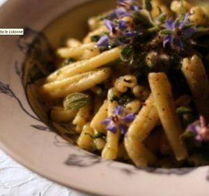Cataneselle con borragine (Pasta chi vurrani)