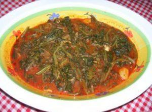 Giri (bietola selvatica) in salsa di pomodoro