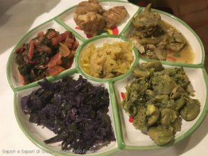 Verdure miste con pesce vario